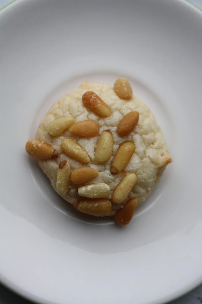Pignoli Cookie