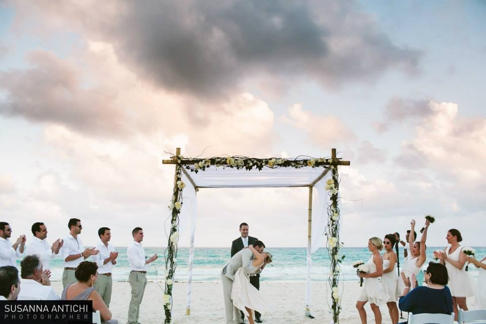 Tips on Throwing a (Destination) Wedding