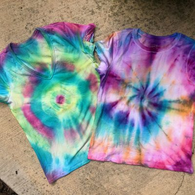 How To Tie-Dye A T-Shirt